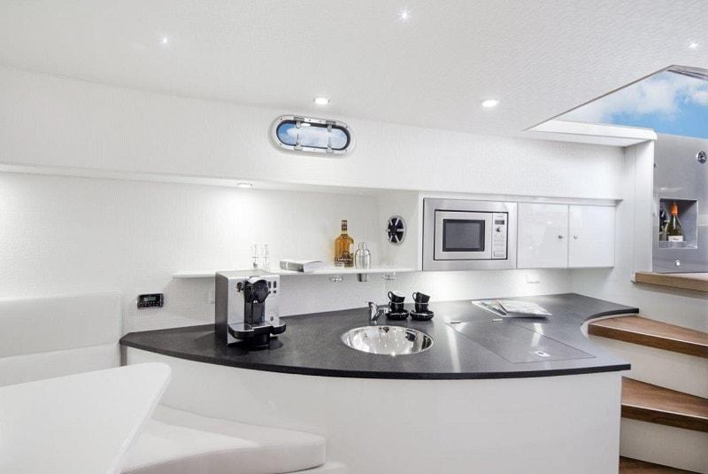 Ibiza Boat Deals VANQUISH VQ43 interior (2)