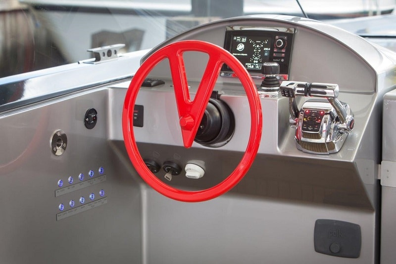 Ibiza Boat Deals VANQUISH VQ43 interior (8)