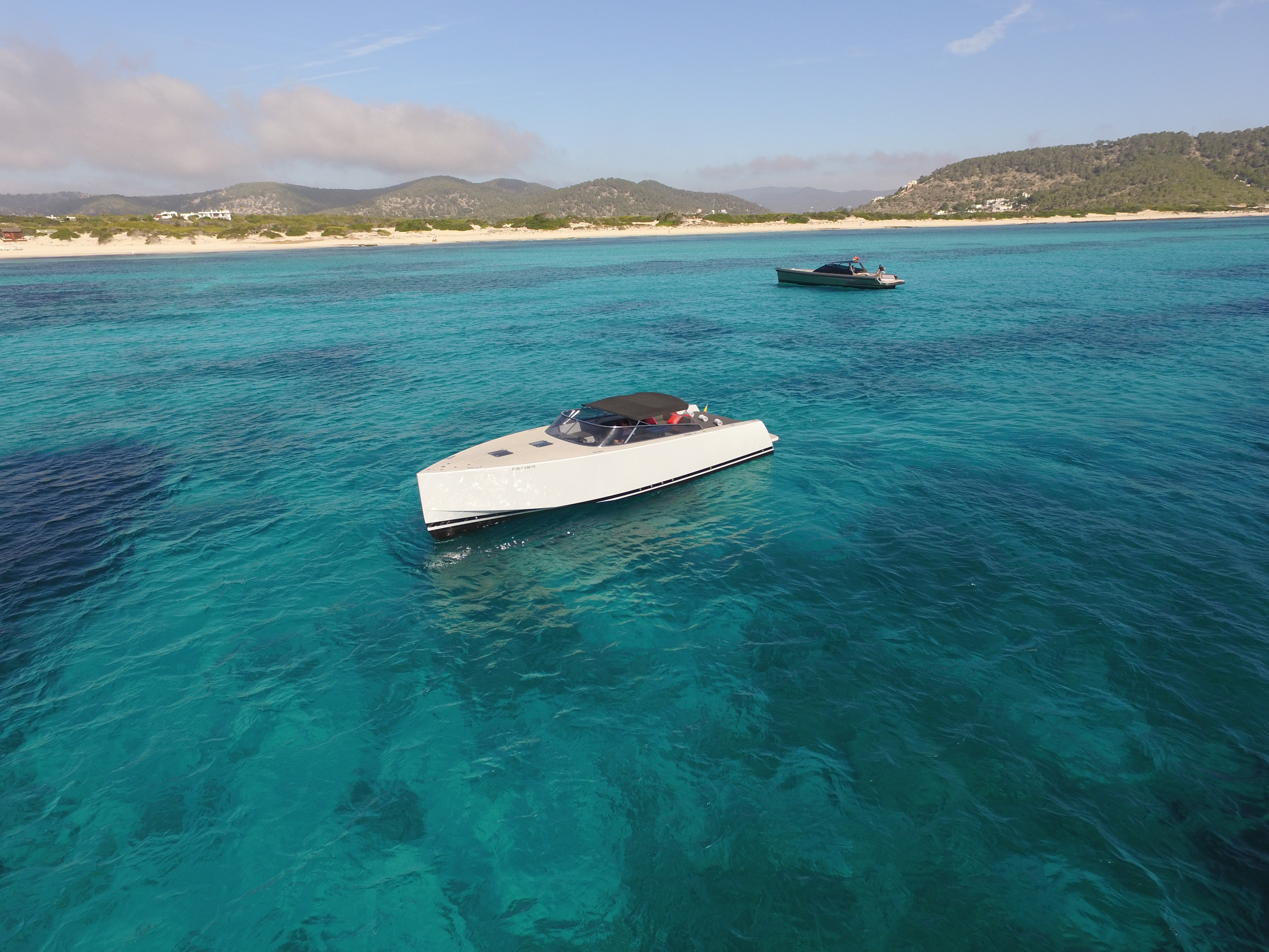 Ibiza Boat Deals Van Dutch 40 M exterior (1)